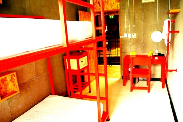 Daheim in Bangkok: Lub d Hostel in Silom & Siam Square