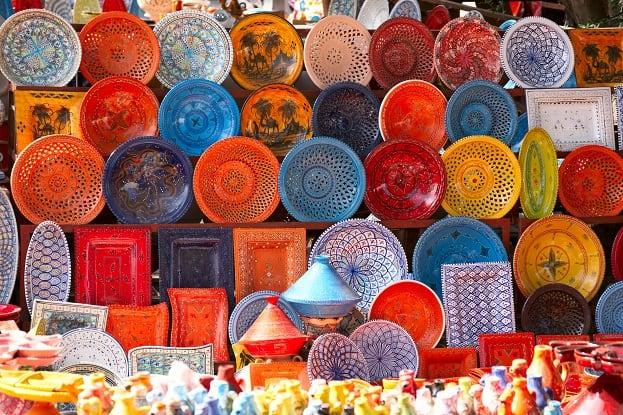 earthenware in the market