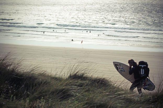 Surfer am Gwithian Beach