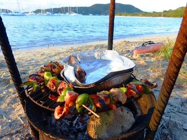 Britisch-Virgin-Islands-Grillen-c-Anja-Knorr1