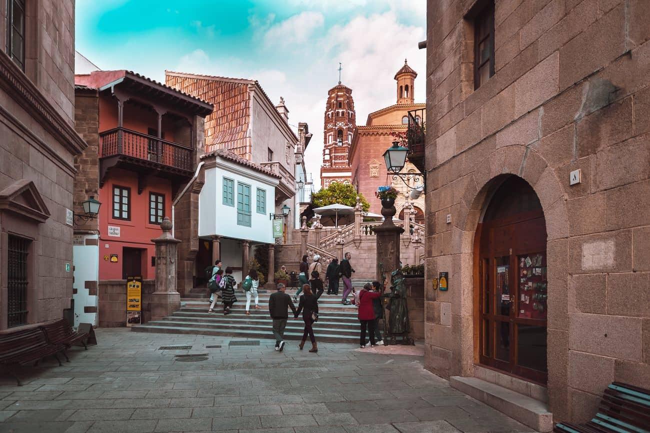 Barcelona Sehenswürdigkeiten – Altstadtviertel im Poble Espanyol