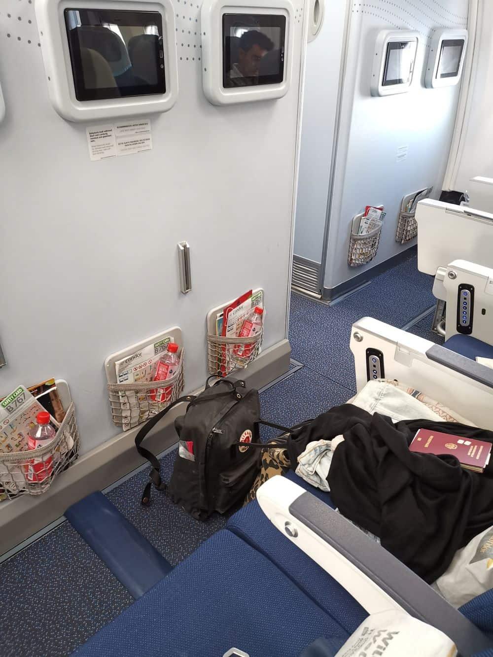 Corona-Rückholaktion nach Deutschland – Viel Beinfreiheit im Flugzeug
