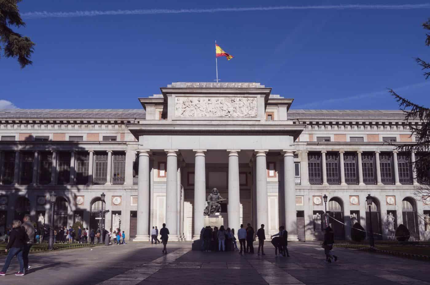 Madrid-Sehenswürdigkeiten – Haupteingang des Museo del Prado