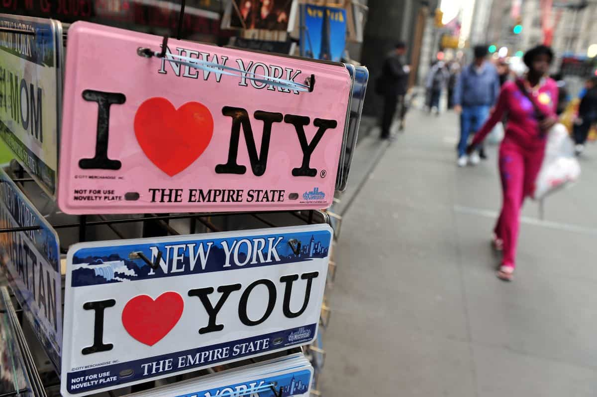 New York City - Verkaufsrondell mit I (heart) New York City in Nahansicht