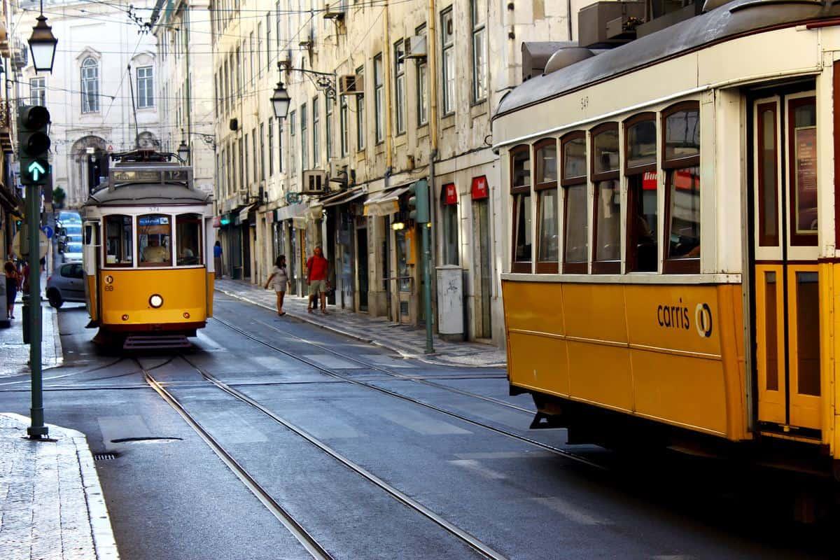 Portugal Reise-Tipps – Strassenbahn Nummer 28 in Lissabon