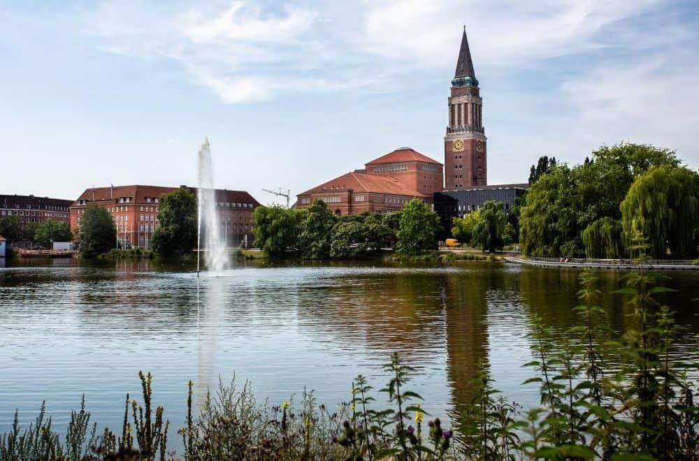 Kiel Kieler Rathaus und Opernhaus