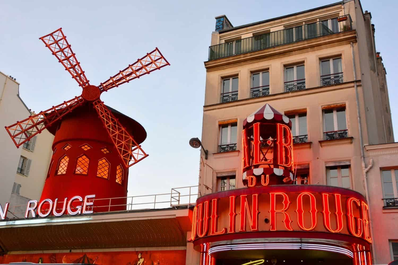 Paris Sehenswuerdigkeiten Die Nachtlichter Von Moulin Rouge