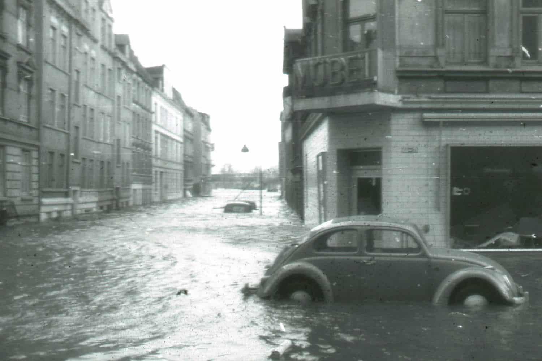 Hamburg waehrend der Sturmflut 1962
