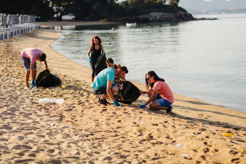 Nachhaltig Reisen Beach Cleanup